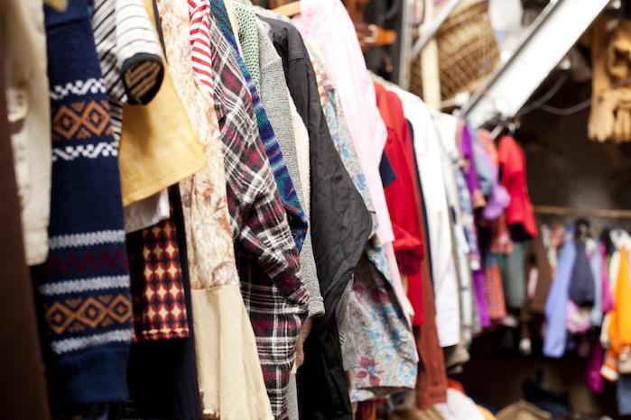 into the wardrobe consignment 1