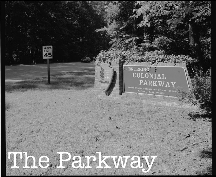 GENERAL_VIEW_FROM_SOUTHEAST_OF_COLONIAL_PARKWAY_ENTRANCE_SIGN._-_Colonial_Parkway,_Yorktown_to_Jamestown_Island,_Yorktown,_York_County,_VA_HAER_VA,100-YORK,18-8.tif-1