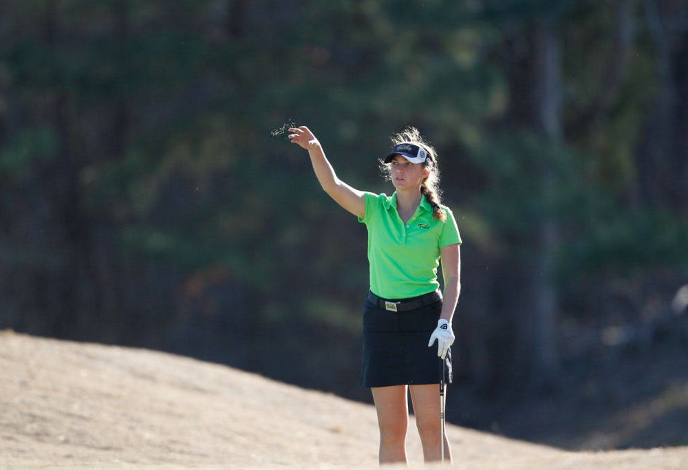 Women's Golf: College drives