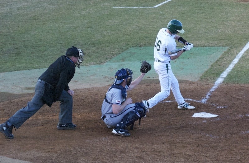 Baseball: Tribe suffers road sweep at top-ranked Florida