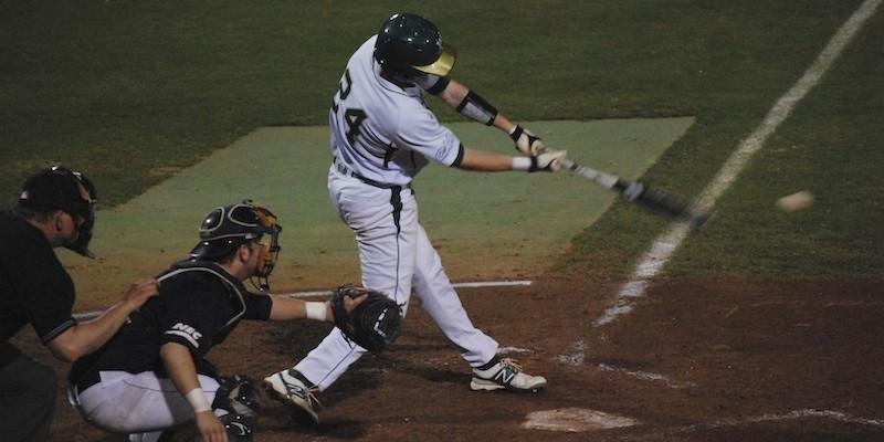 Baseball: College notches 9-5 win over Quinnipiac