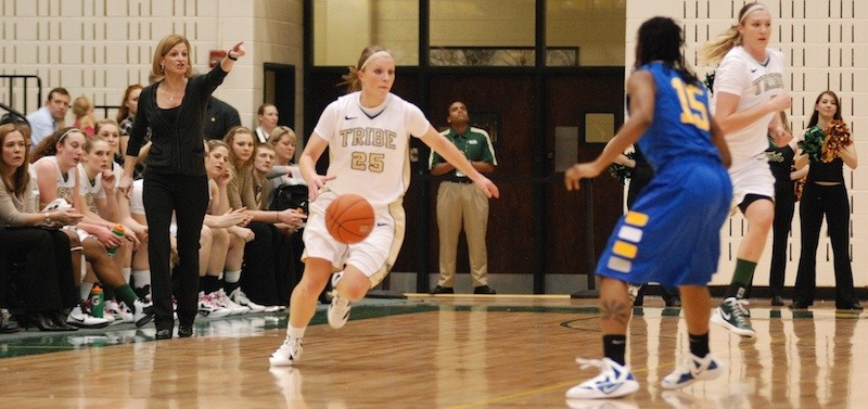 Photo gallery: Women's basketball vs. Delaware 2/29/12