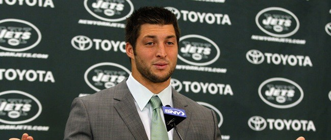 The Pressbox Blog: Tebow to be Colonial All-Pro Football Camp instructor