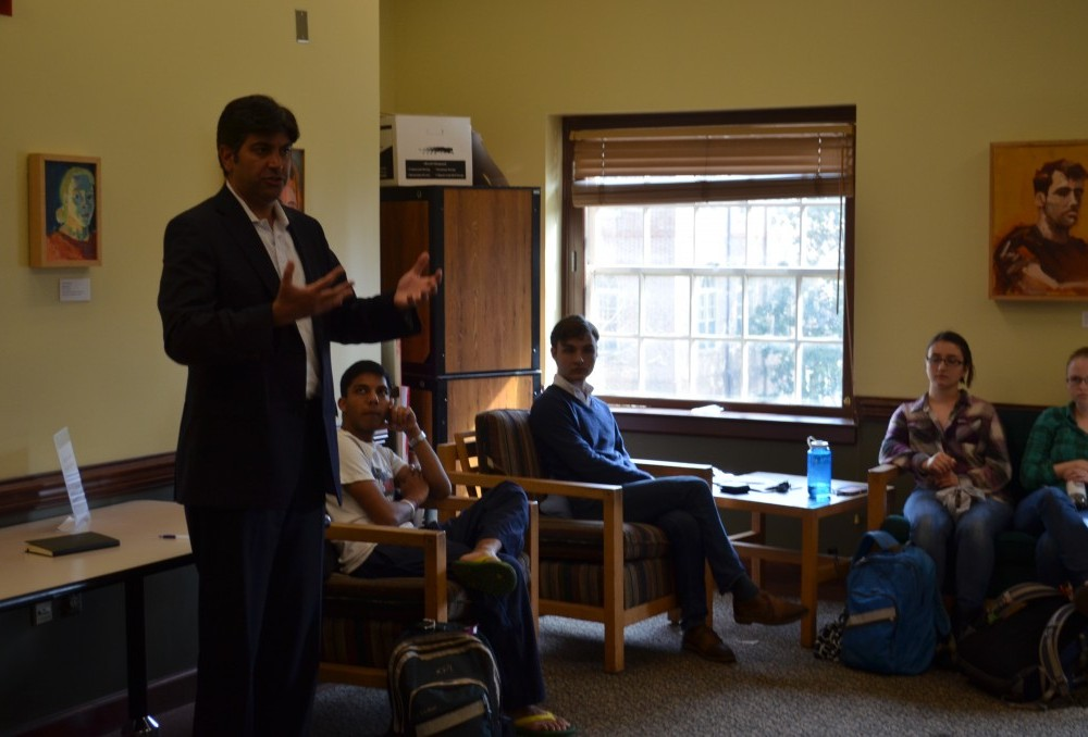 Lt. Governor candidate visits to campus