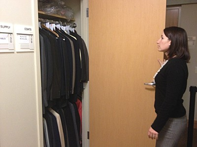 Cohen Career Center creates Suits for Scholars Program