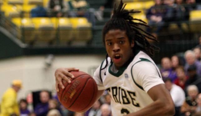 Men's Basketball: College squanders 16-point lead in season finale
