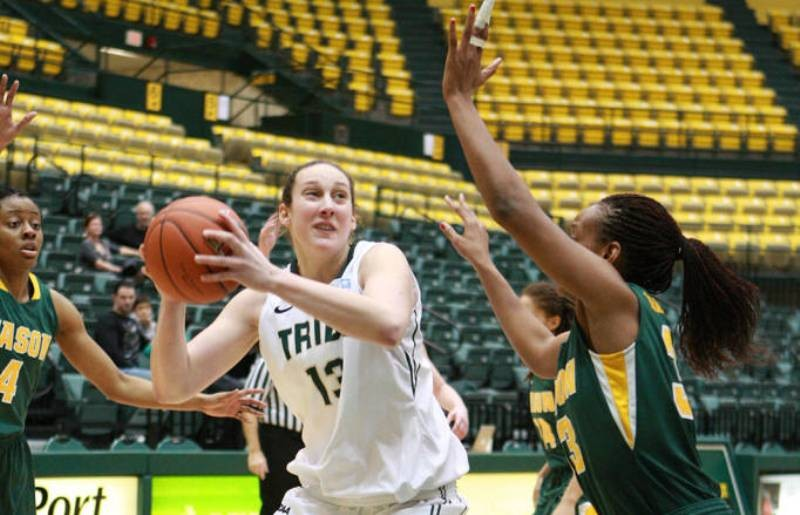 Women's basketball: College tops Mason in regular season finale