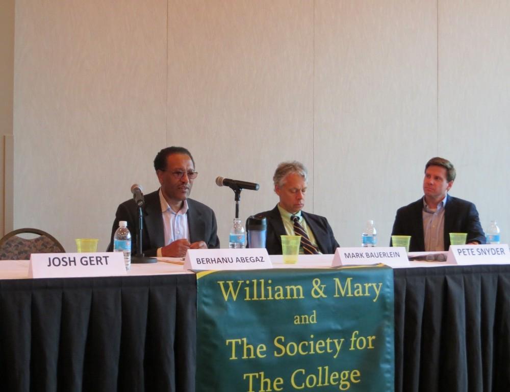Panel debates proposed curriculum changes