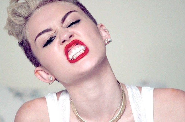 """Bangerz"" is a wrecking ball to the ear drums"