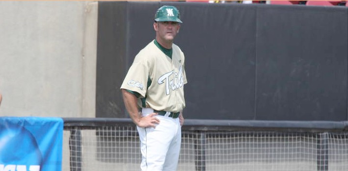 Baseball: Pinzino resigns, Murphy promoted