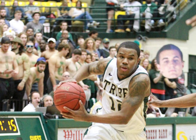 Men's Basketball: Britt earns start in College's 93-70 win