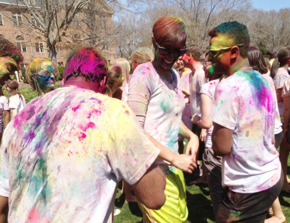 Holi celebration to color Sunken Garden