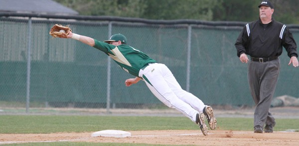 Baseball: College downs in-state foe Richmond in slugfest