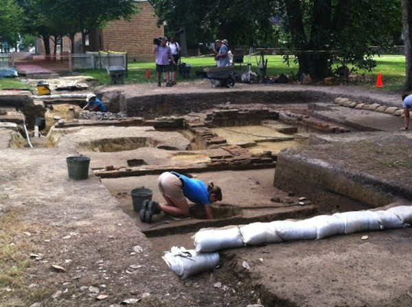 Archaeologists uncover structure next to Wren Building