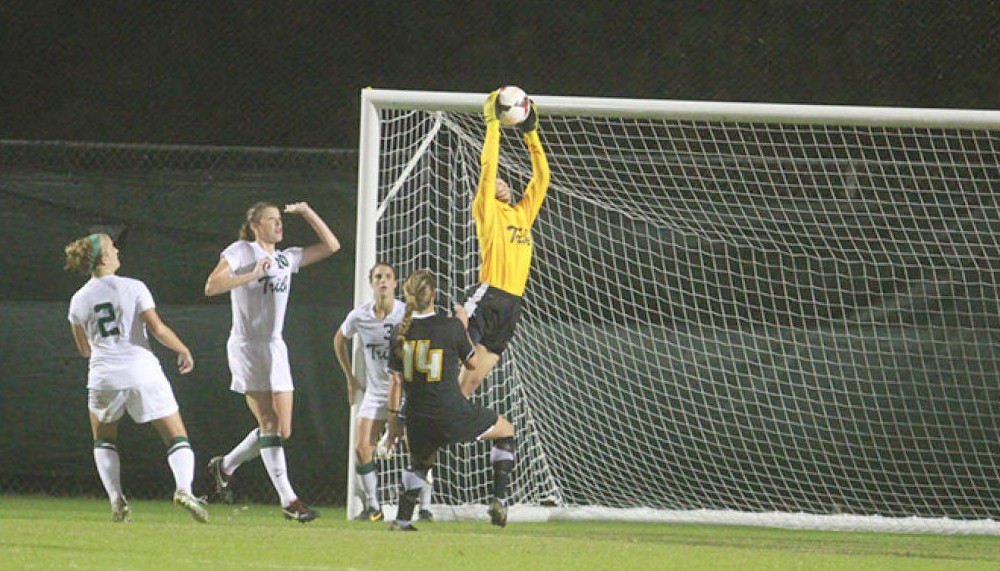 Women's Soccer: Tribe loses late lead, ties 3-3