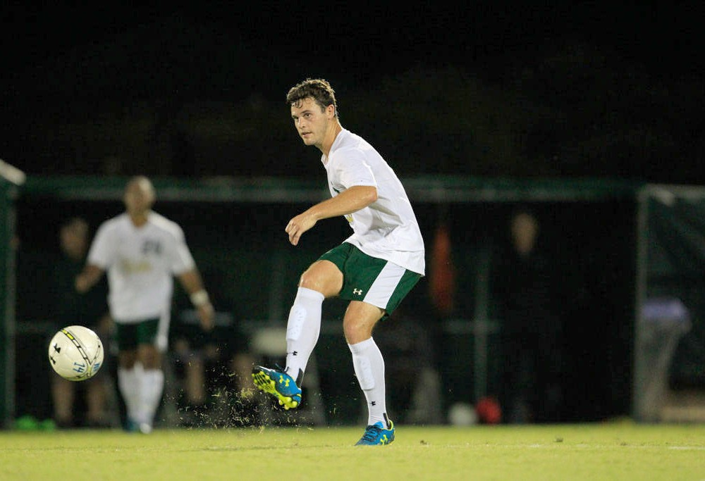 Men's Soccer: College falls to No. 10 Charlotte