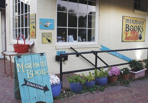 Mermaid Books brings together bookworms and collectors alike
