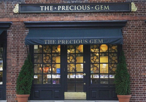 Lighting up color: The art of jewelry making comes alive at the Precious Gem
