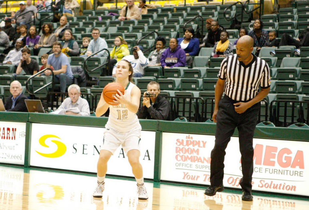 Women's basketball: College upsets Hofstra at last second