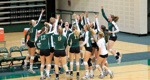 Volleyball: College adds three ahead of 2015 season