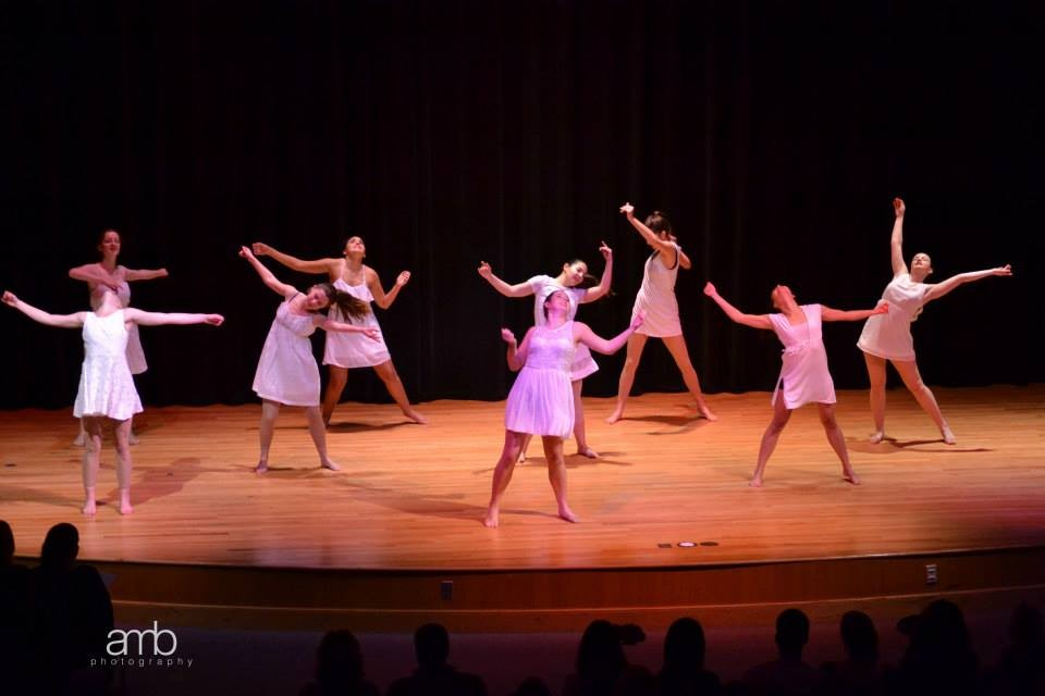 Everybody Dance Now: Dance organizations at the College