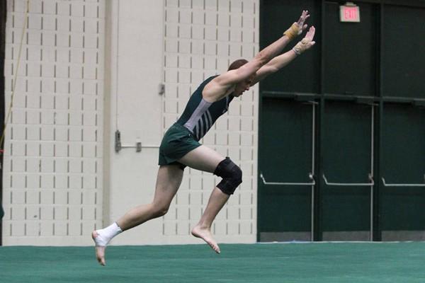 Men's Gymnastics: Seven compete in NCAA meet