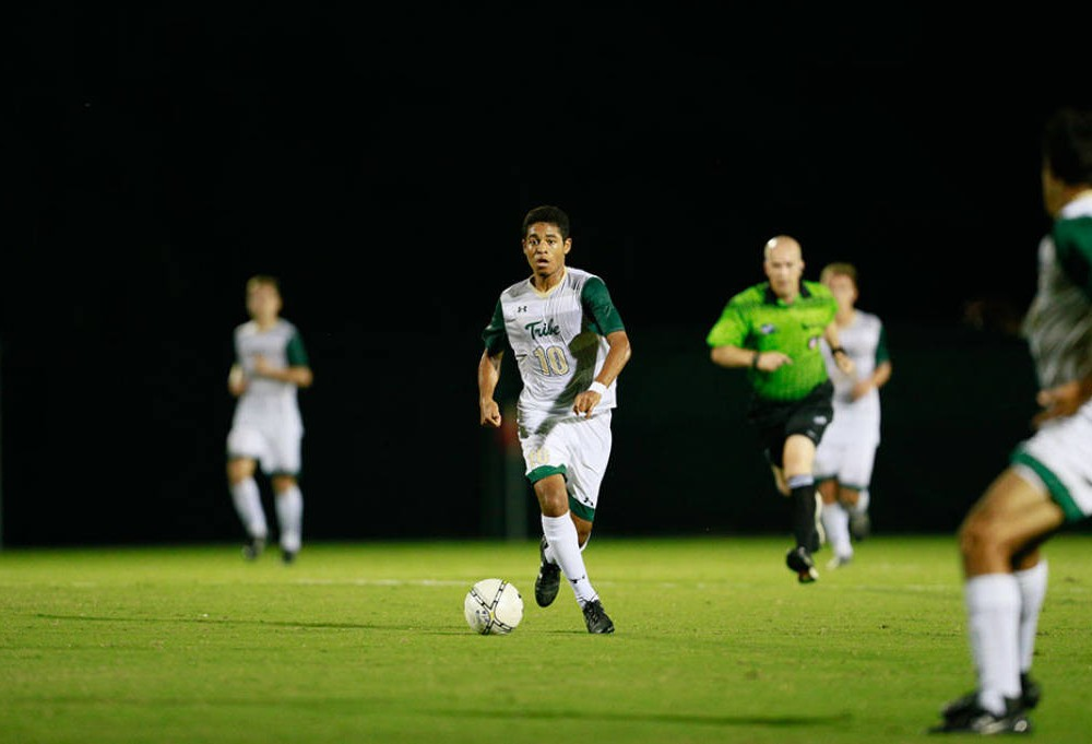 Men's soccer: College stays golden with Bustamante's overtime goal