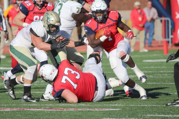 Football: No. 7 College falls to No. 14/16 Richmond in 125th Capital Cup