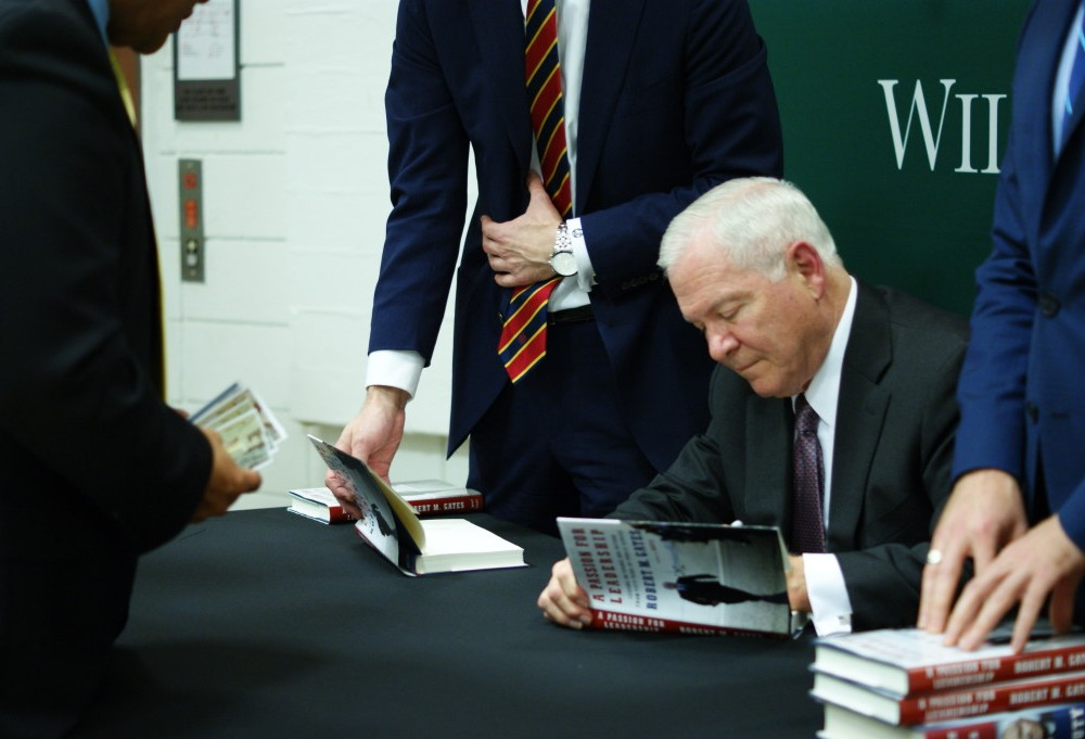 Chancellor Robert Gates discusses leadership strategies, favorite presidents, new book