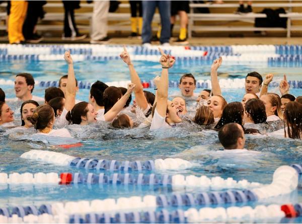 Swimming: Splashing to a sweep