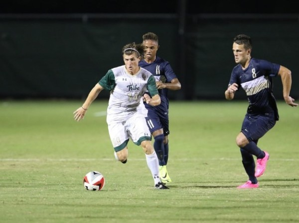 Men's soccer: Tribe falters in 4-1 loss to No. 9 UNC on rainy Tuesday night