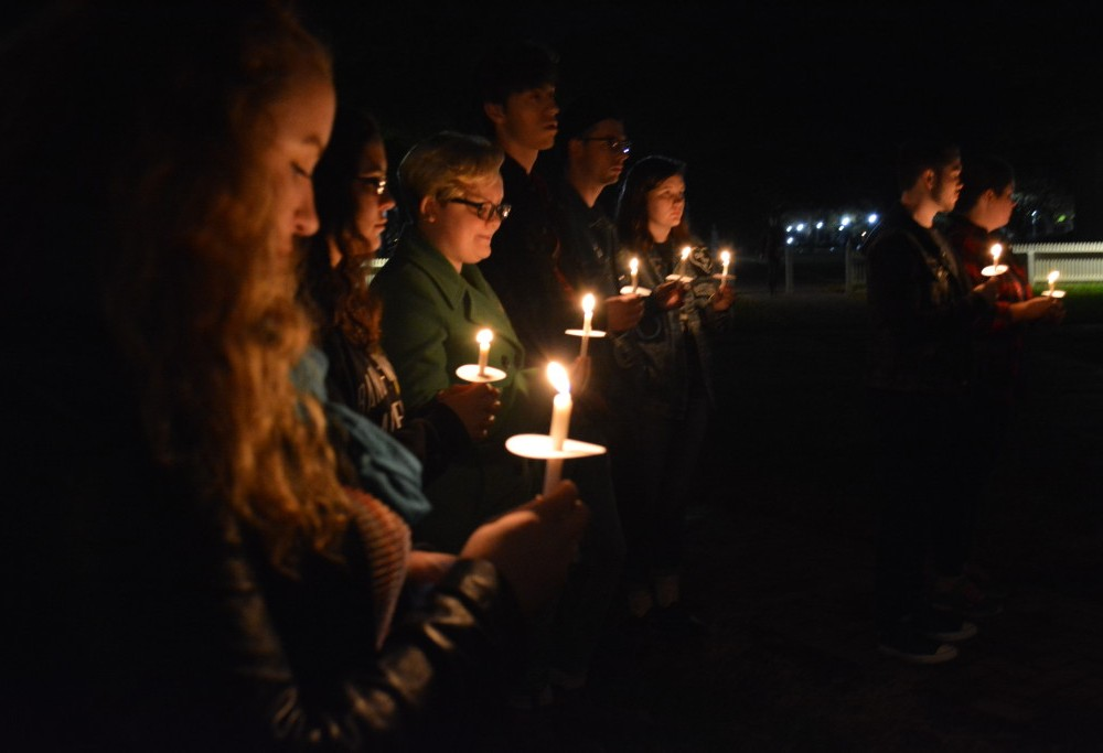 Students gather to support Standing Rock protestors, stand in solidarity with Sioux Tribe