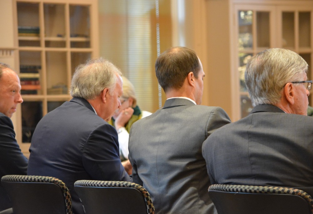 Board of Visitors discusses new program for government, military professionals