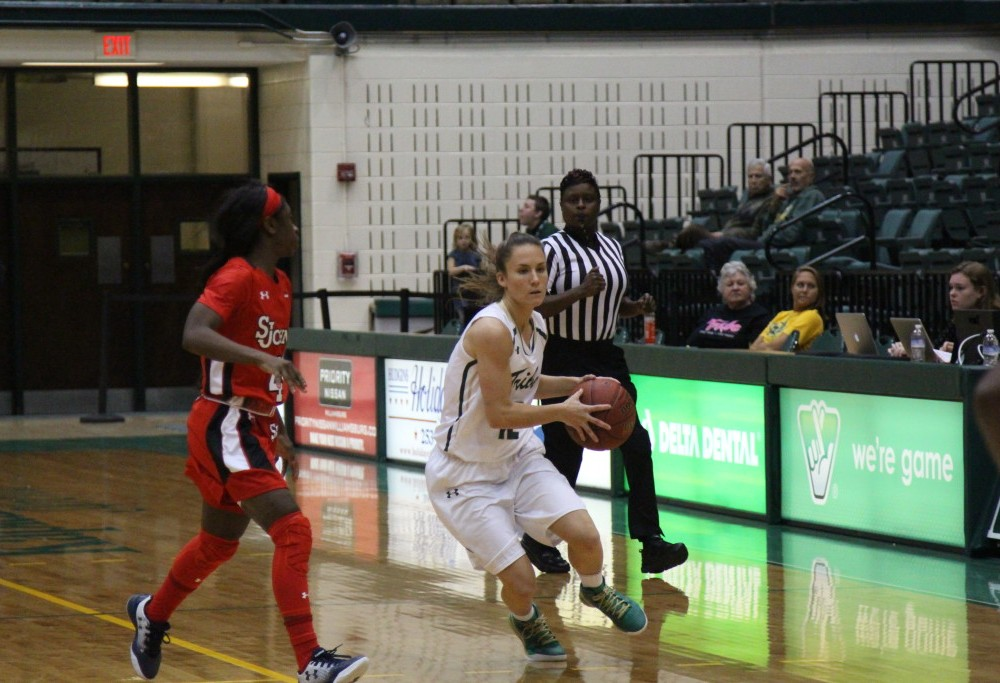 Women's Basketball: Tribe falls in season opener to St. John's