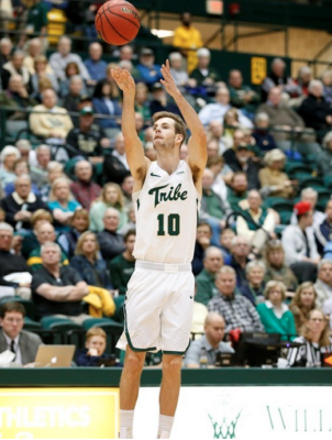 Men's Basketball: High-powered offense spurs College to two victories